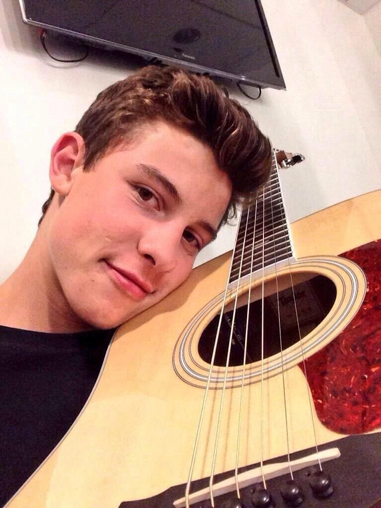 Shawn mendes on shawn mendes guitars and magcon boy boy ccuart Gallery