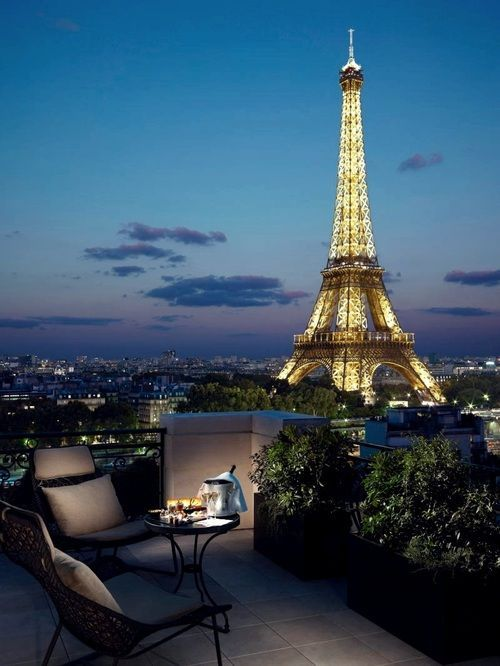 I want to have a wedding anniversary dinner here some day. <3