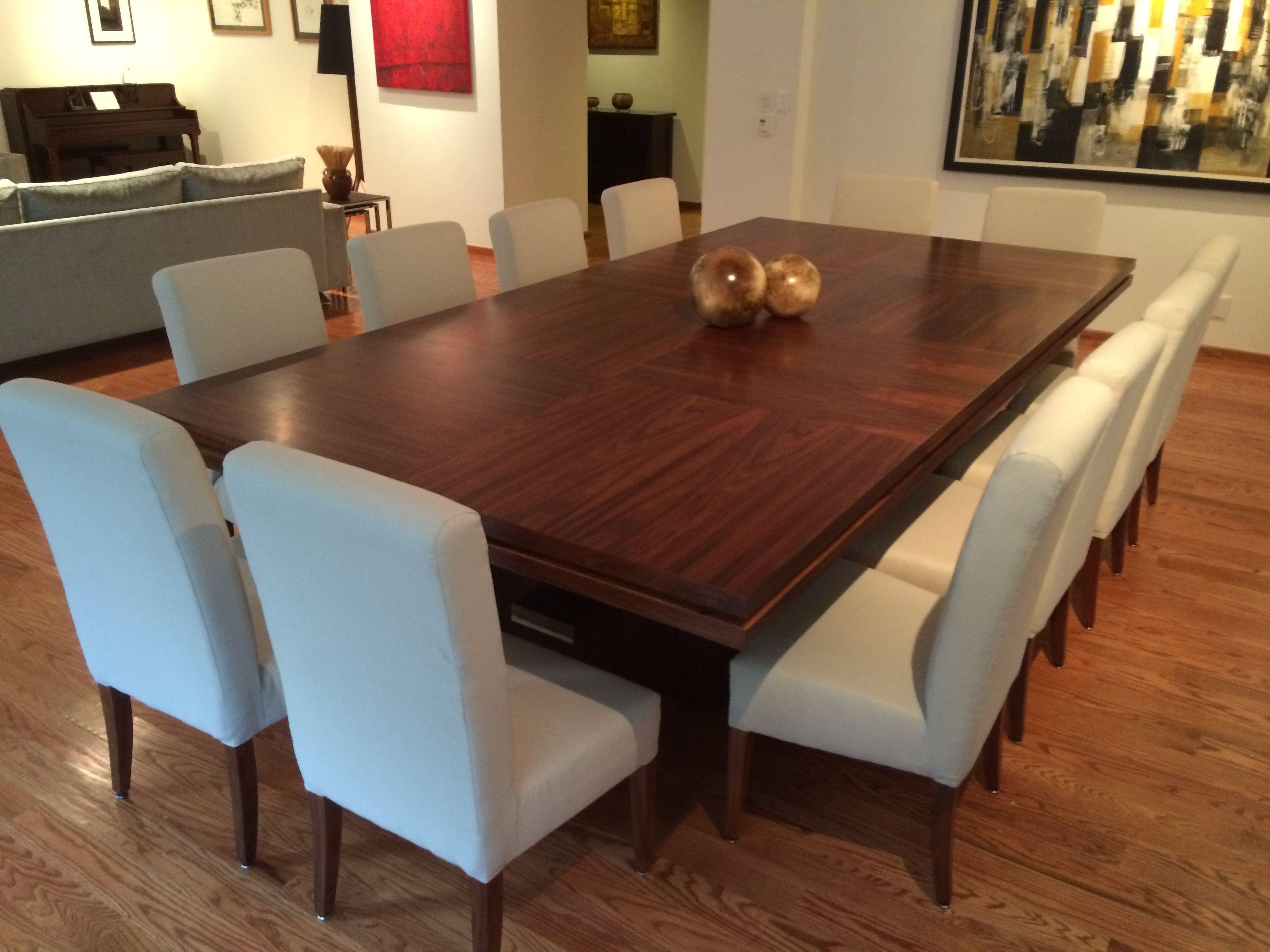 Mesa de comedor fabricada en chapa de madera de tzalam for Comedor 10 personas