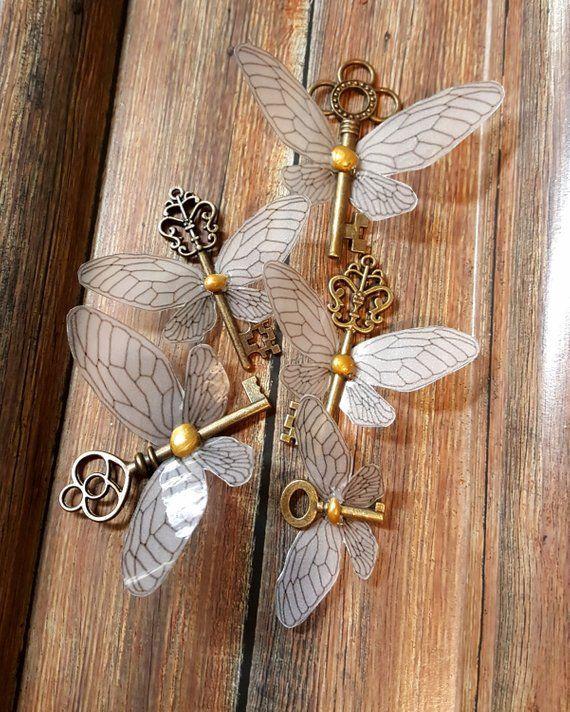 Harry Potter World Wedding: Winged Keys! Harry Potter Inspired Flying Keys, Christmas