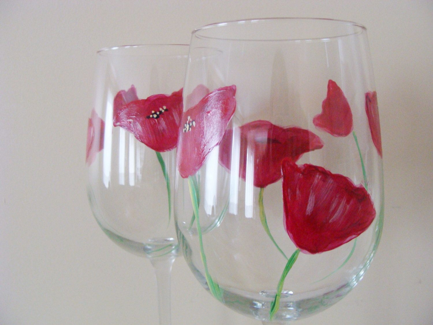Poppy Wine Glasses Hand Painted By Canadiancreationz On Etsy Hand Painted Wine Glasses Wine Glasses Painted Wine Glasses