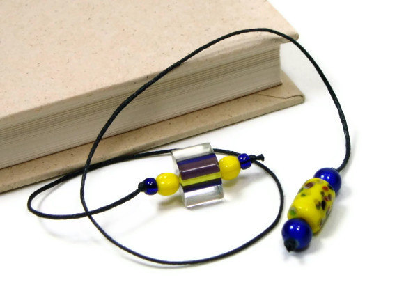 Need a new thong? One size fits all! #bookmark #teacher #gift