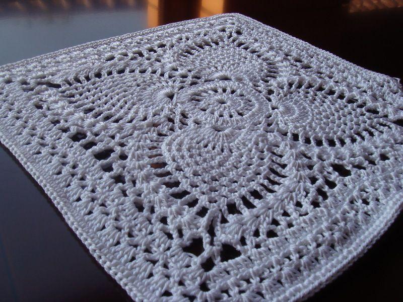 Crochetpedia: Whole bunch of women\'s tops free patterns | Croché ...