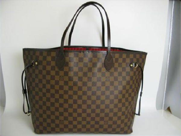 3adc5f7bc034d Réplica de Bolsa Importada Louis Vuitton Neverfull Damier A loja Modelos e  Marcas é especializada em