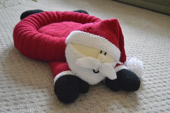 Santa Pet Bed Knitting Pattern, Christmas Pet Bed Knitting Pattern, Dog Bed Knitting Pattern, Cat Bed Knitting Pattern, Novelty Pet Bed