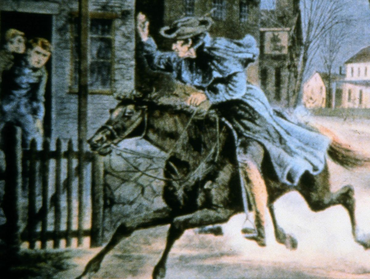 paul reveres ride essay Is paul revere an american hero  write an argumentative essay to be used as the basis for a classroom  take a virtual tour of paul reveres ride http://www .