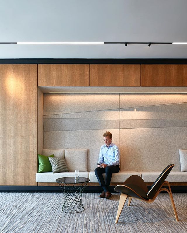 Interior Design Office Montreal: Alcove Bench At Deloitte In Montreal