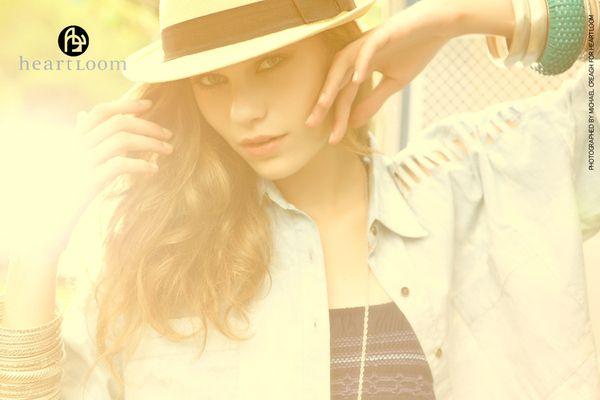 Hat, bracelets