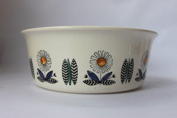 Egersund Serving Bowl Now At Millcottage Retro On Etsy Com Scandinavian Ceramic Pottery Bowls Scandinavian Design
