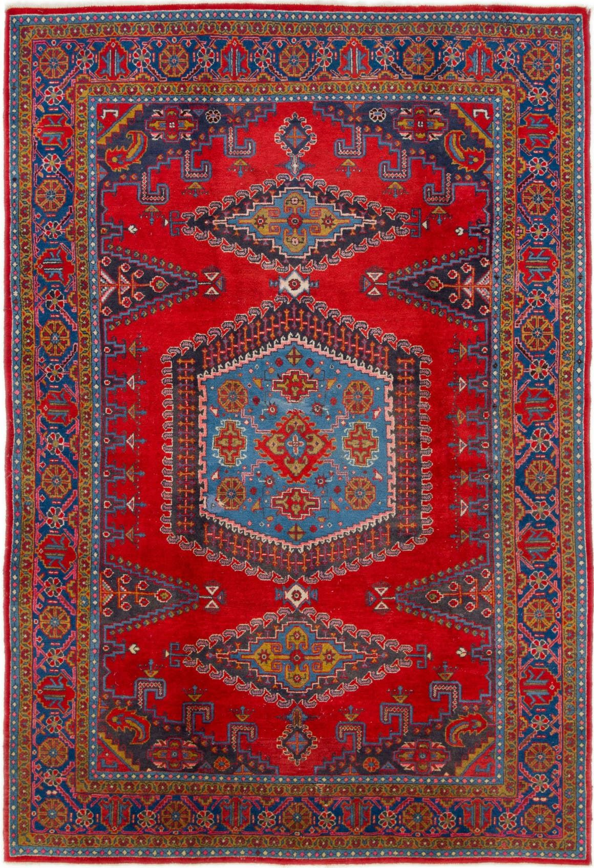 Viss Red Antique 8x11 Area Rug In 2020 Red Rugs Persian Rug Rugs On Carpet
