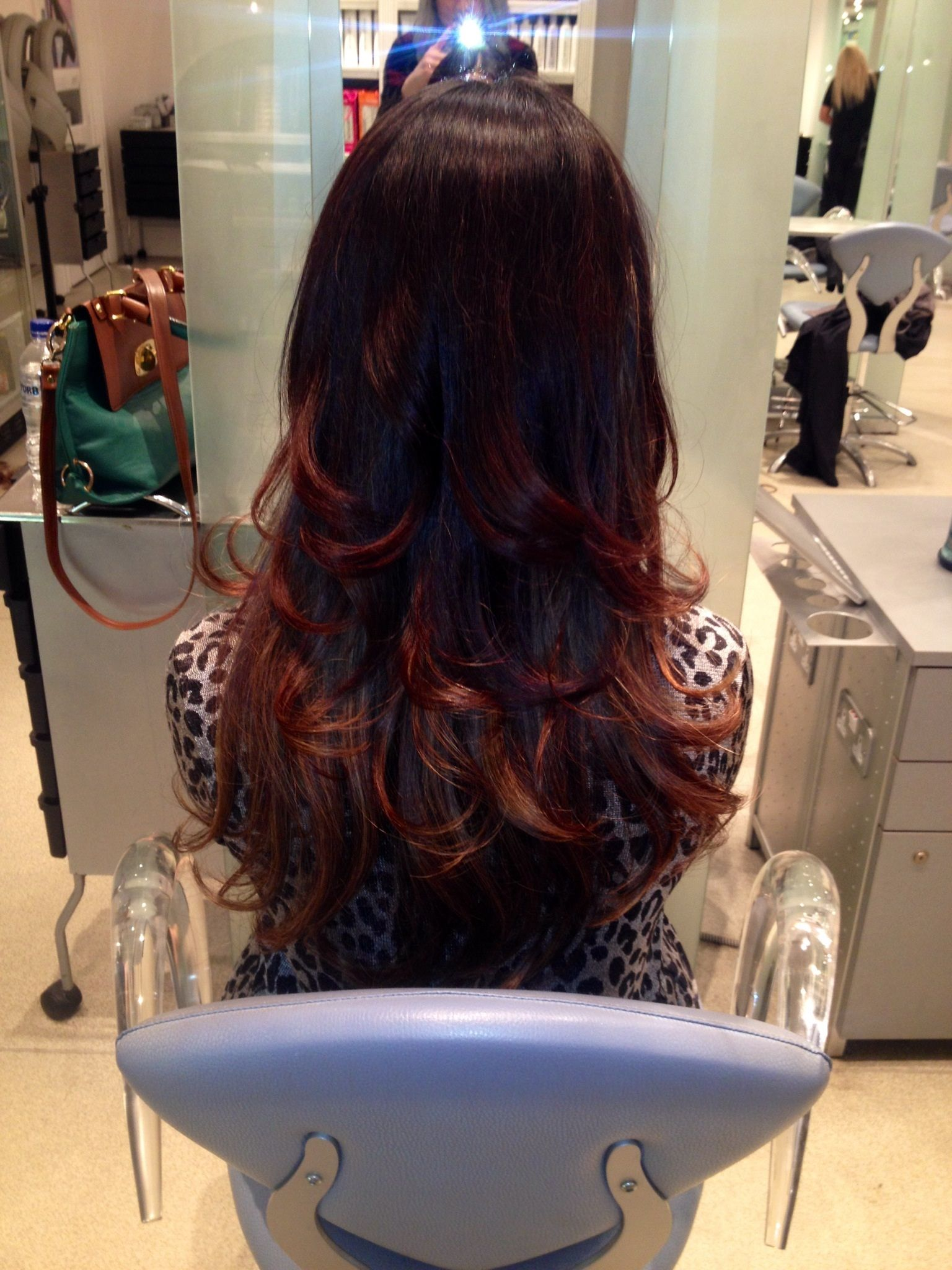 Glamorous bouncy blow-dry. By Paige Barnes at Moda Greco ...