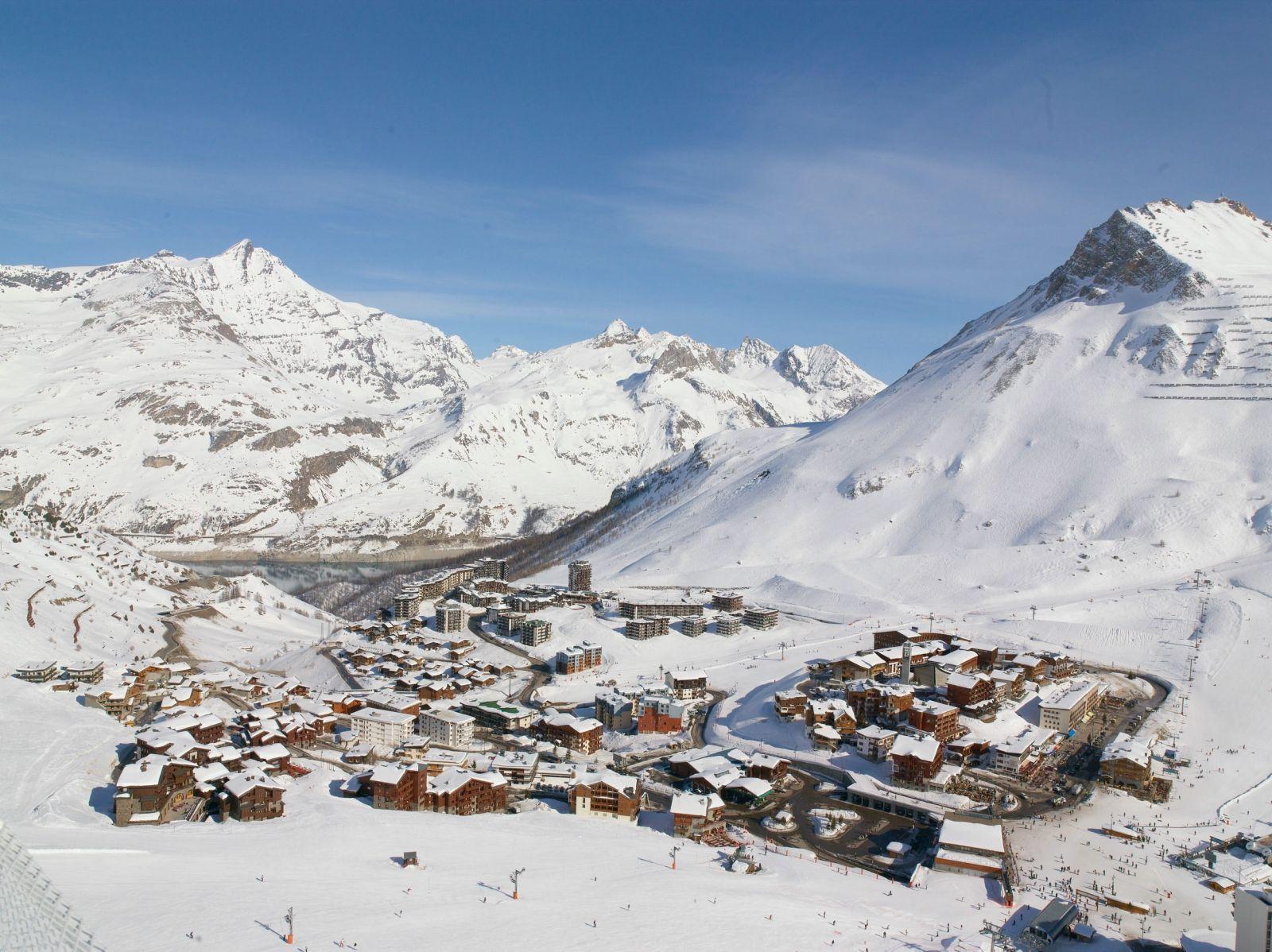 Tignes Savoie Vue Du Ciel Avec Le Lac De Tignes En Arrière Plan Tignes Séjour Ski Lac