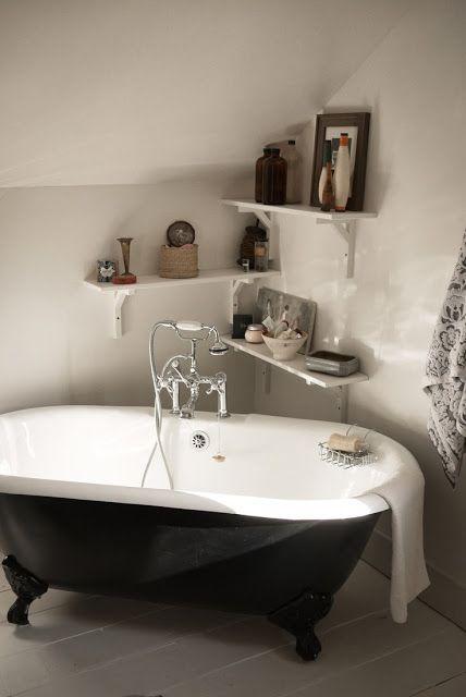 La Baignoire Sur Pieds Avec Images Deco Salle De Bain