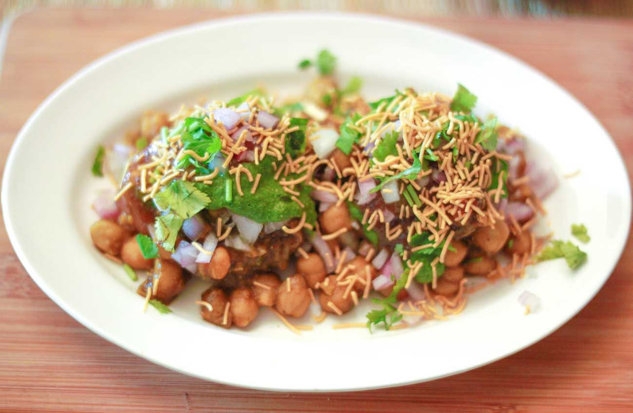 Chole aloo tikki chaat recipe an indian street food snack recipe chole aloo tikki chaat recipe an indian street food snack forumfinder Images