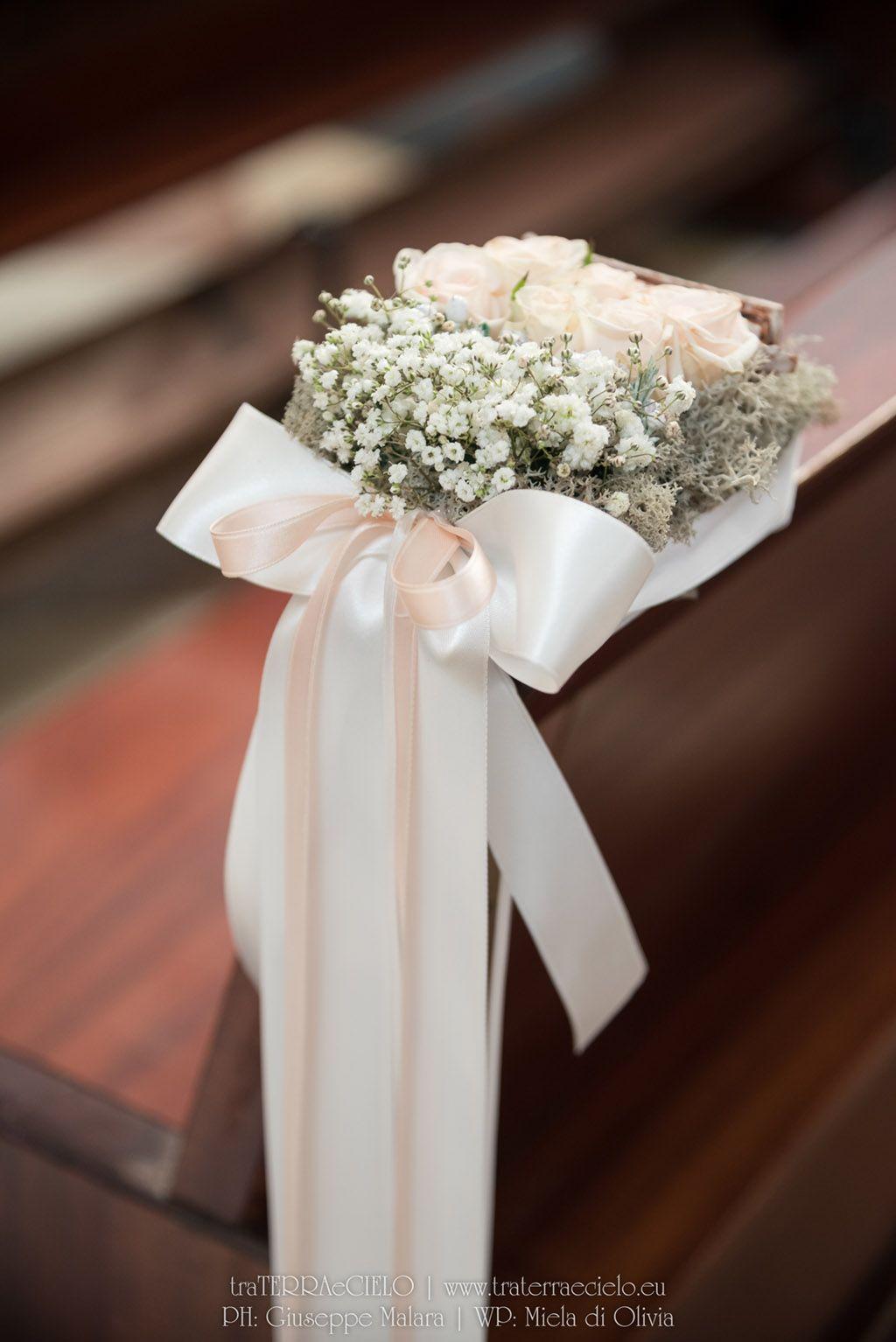 Bouquet Natalizio Matrimonio : Matrimonio inverno sposa sposo portafedi tableau de mariage