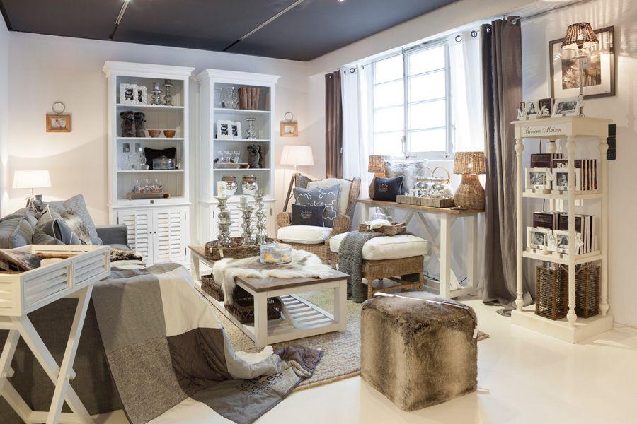nr 7 name showroom rivi ra maison 102 jpg wohnung. Black Bedroom Furniture Sets. Home Design Ideas