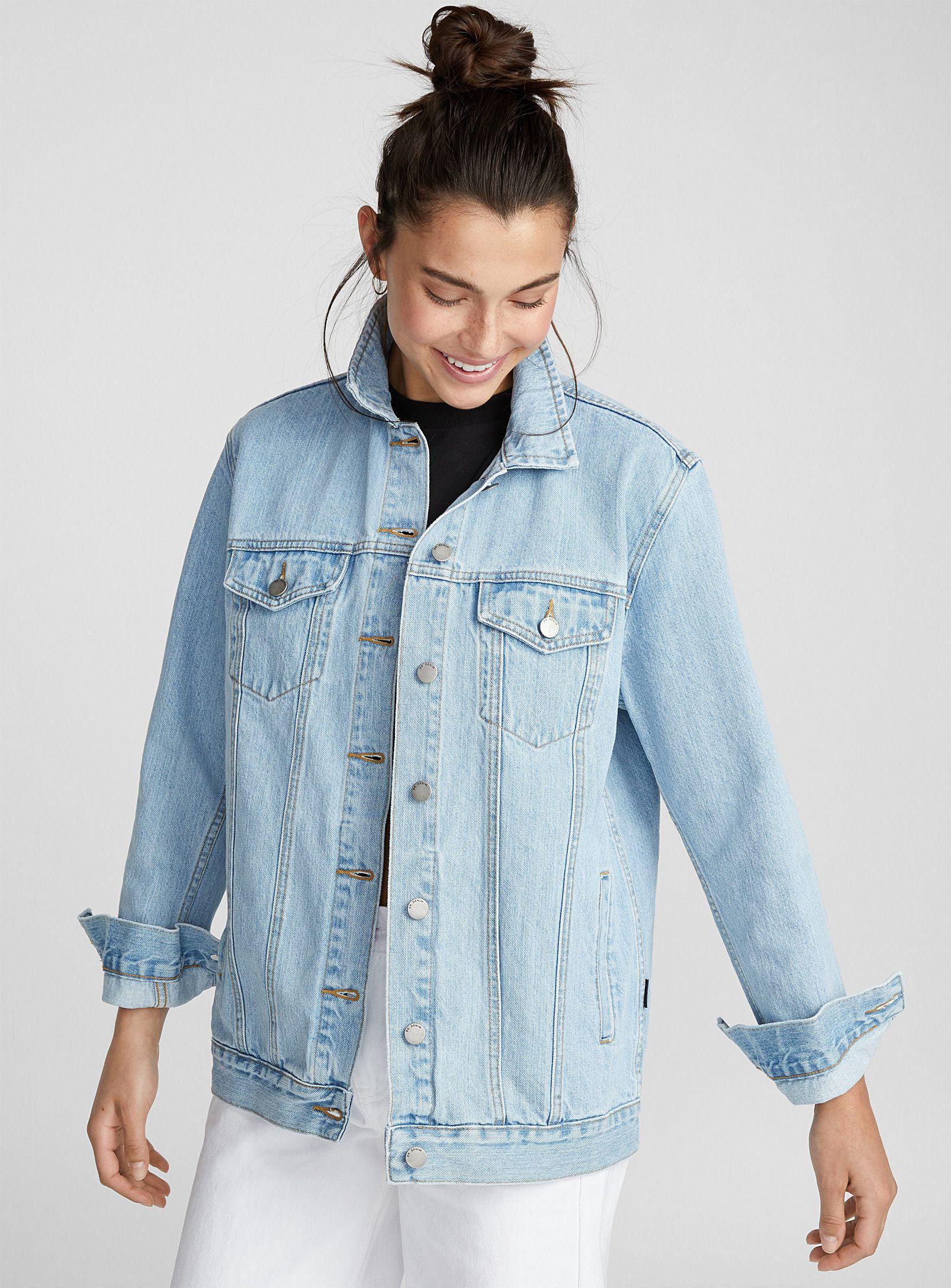 Dr Denim River Boyfriend Jean Jacket Light Blue Denim Shop Women S Denim Jackets Online Simons Deni Denim Jacket Women Denim Jacket Light Jean Jacket [ 2175 x 1606 Pixel ]