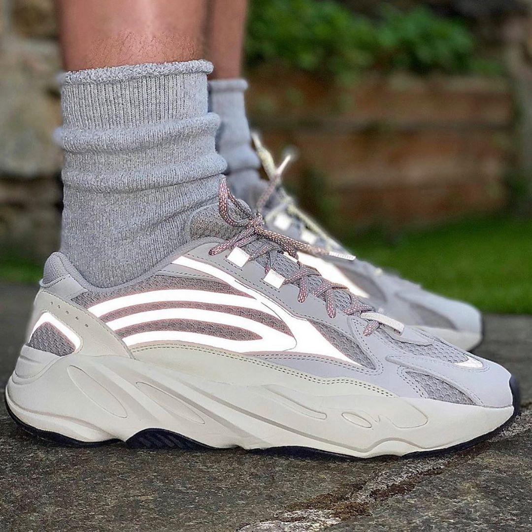 Shoes adidas yeezy boost 700 Size:37,38