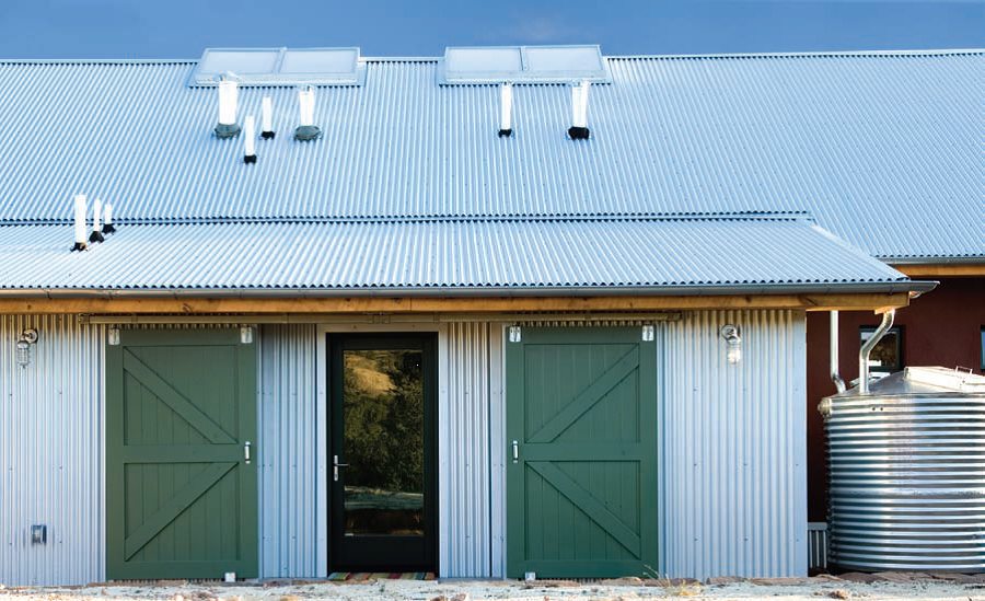 Stylish Corrugated Iron Home Rainqueen Tanks Country Home Exteriors Steel House House Exterior