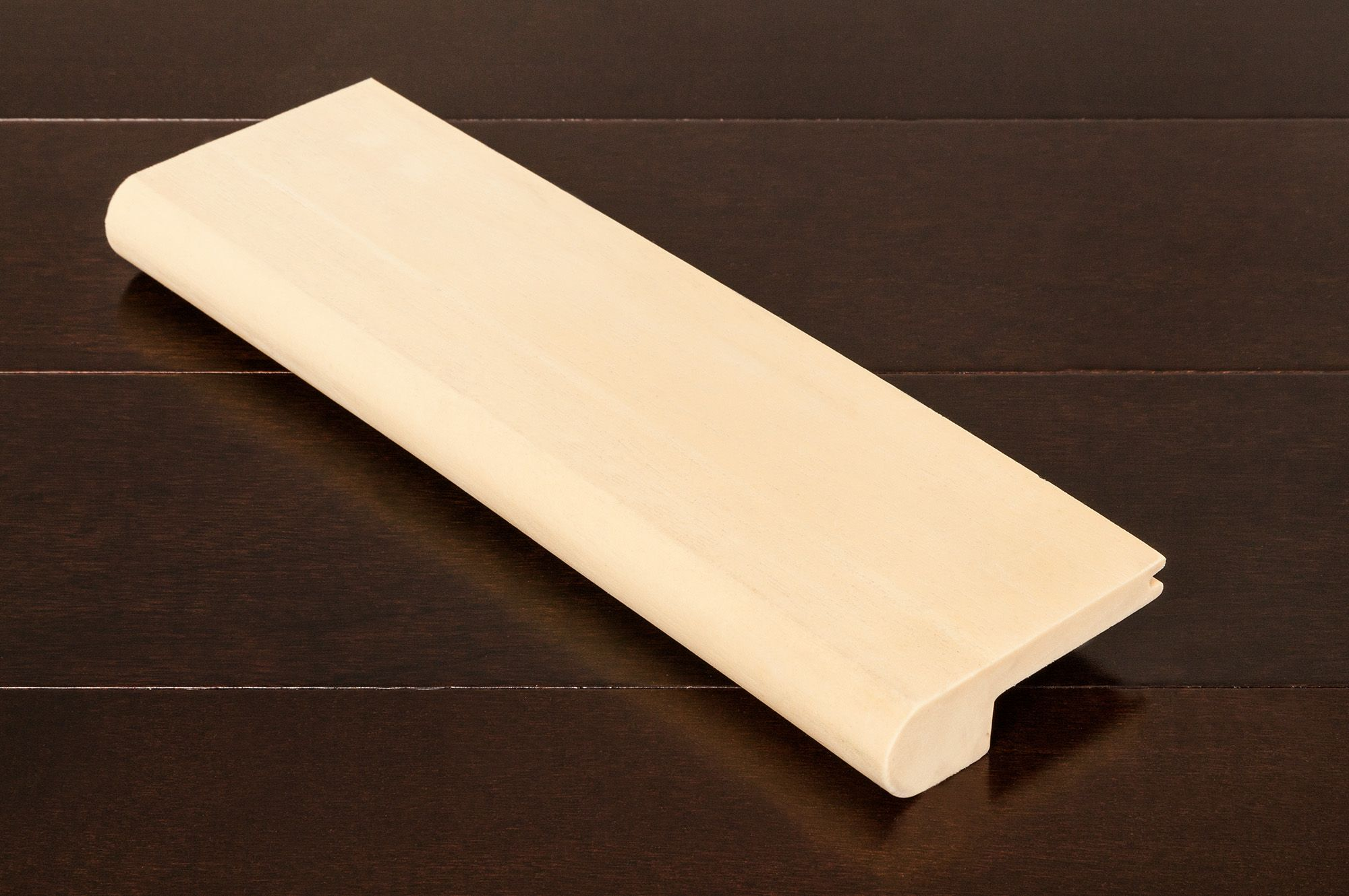 17 50 Ft Moldings Flexible Stair Nose Maple Texture
