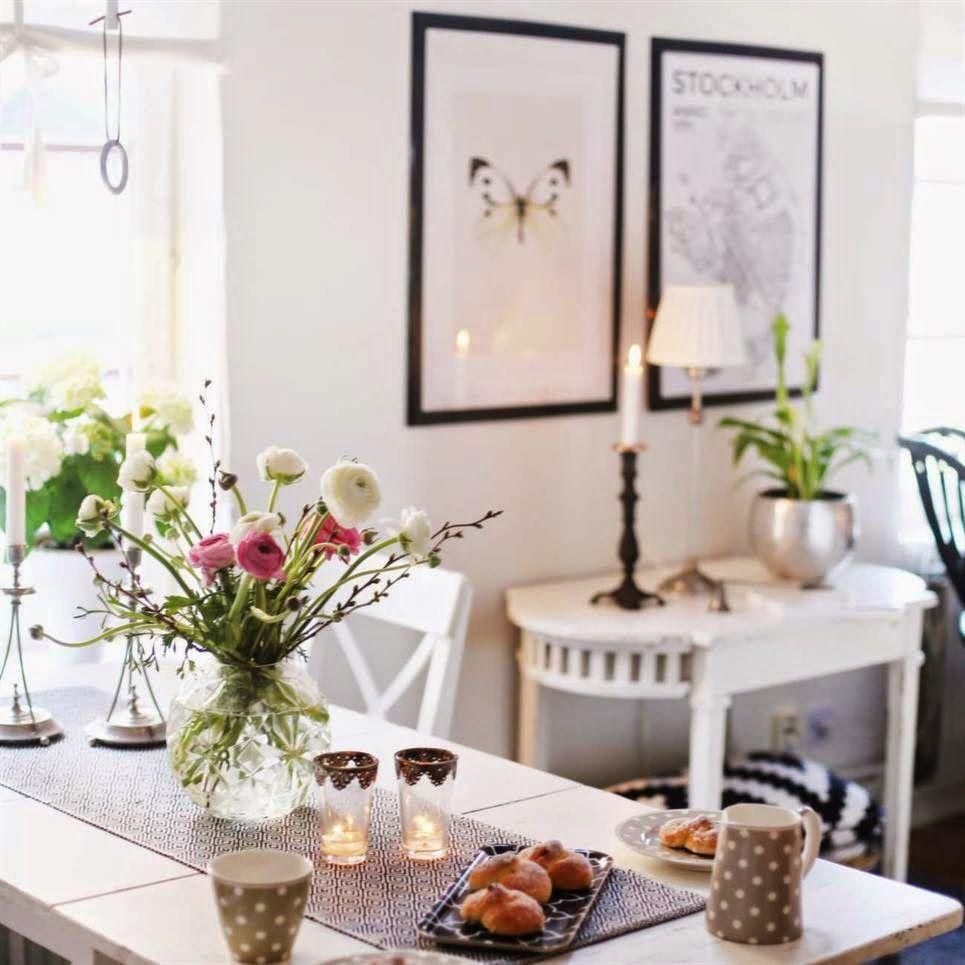 Scandinavian Fancy Windows /Scandinavian Fancy Windows/ Scandinavian Fancy Windows: Sunday Inspirations;Blogger's home, Marika Axén apartment