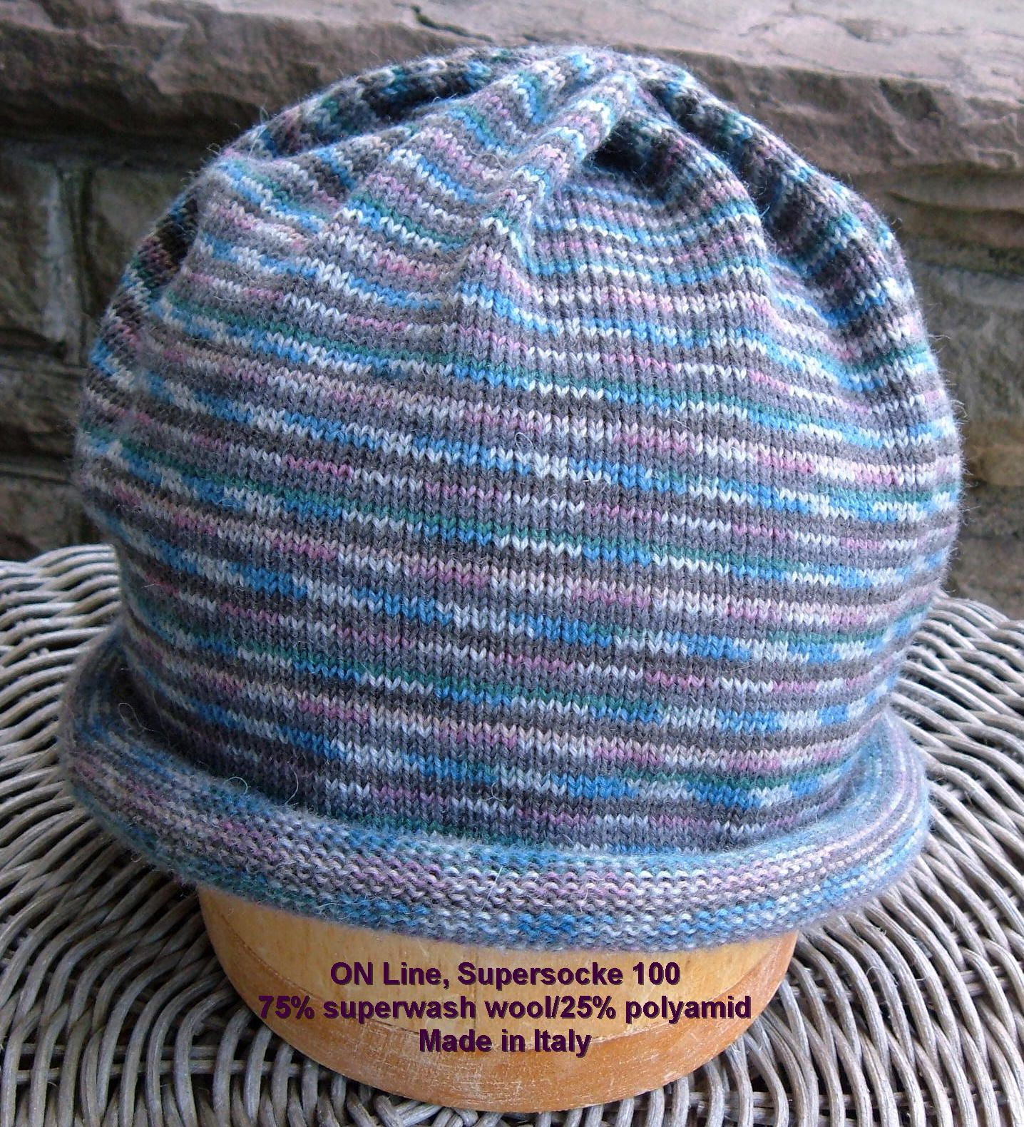 FREE Pattern: Sock yarn circular hat on Passap knitting machine ...