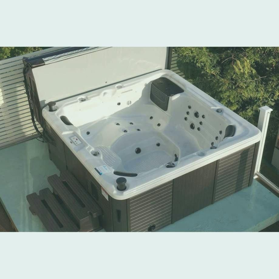 Baignoire Balneo 2 Places Leroy Merlin De La Semaine Tub Outdoor Decor Spa