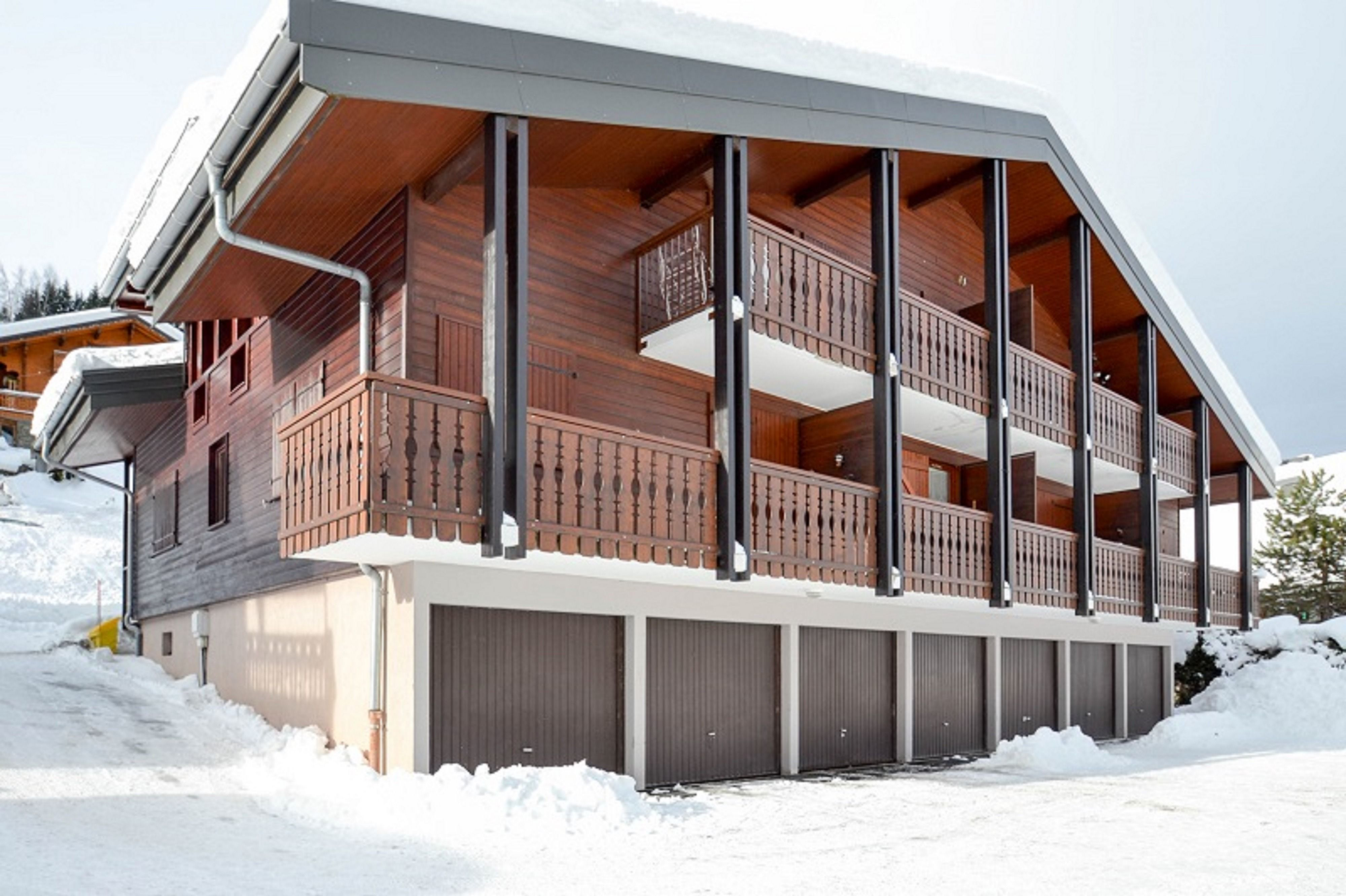 Charming 1 Bed Plus Mezzanine Chalet Apartment In An Enviable Location Skiproperty Realestate Leggettimmobilier