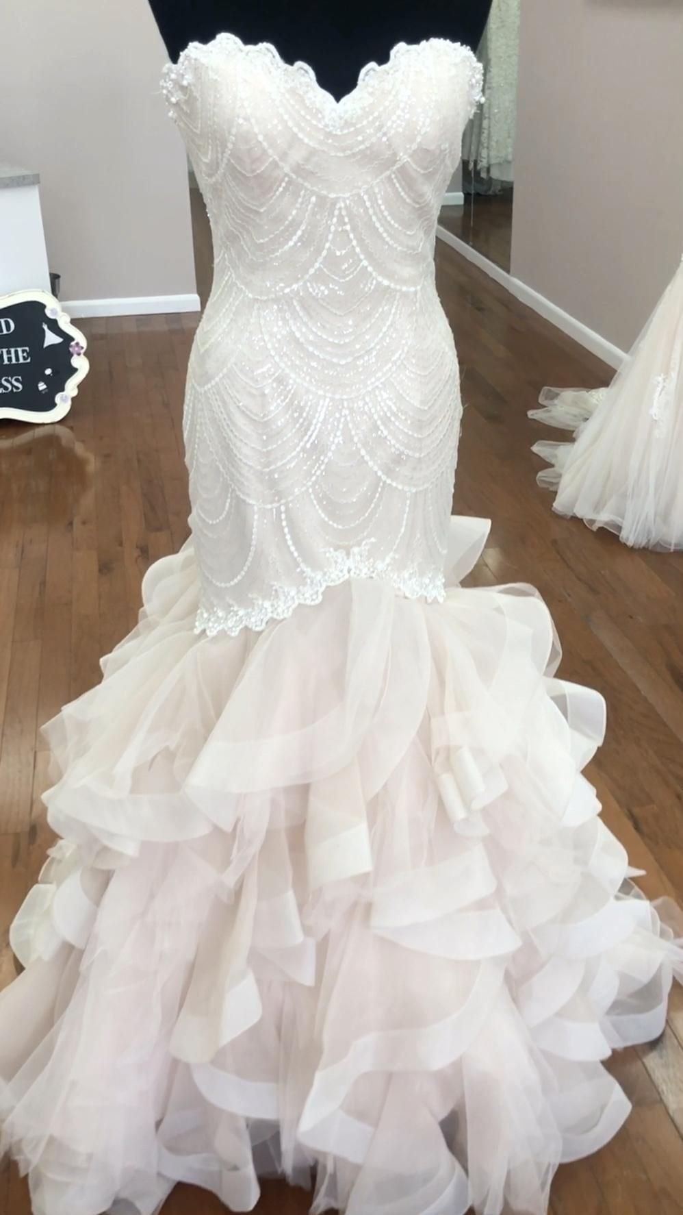 Beautiful Ruffled Bridal Gown Video Wedding Dresses Lace Bridal Outfits Lace Bride [ 1774 x 998 Pixel ]