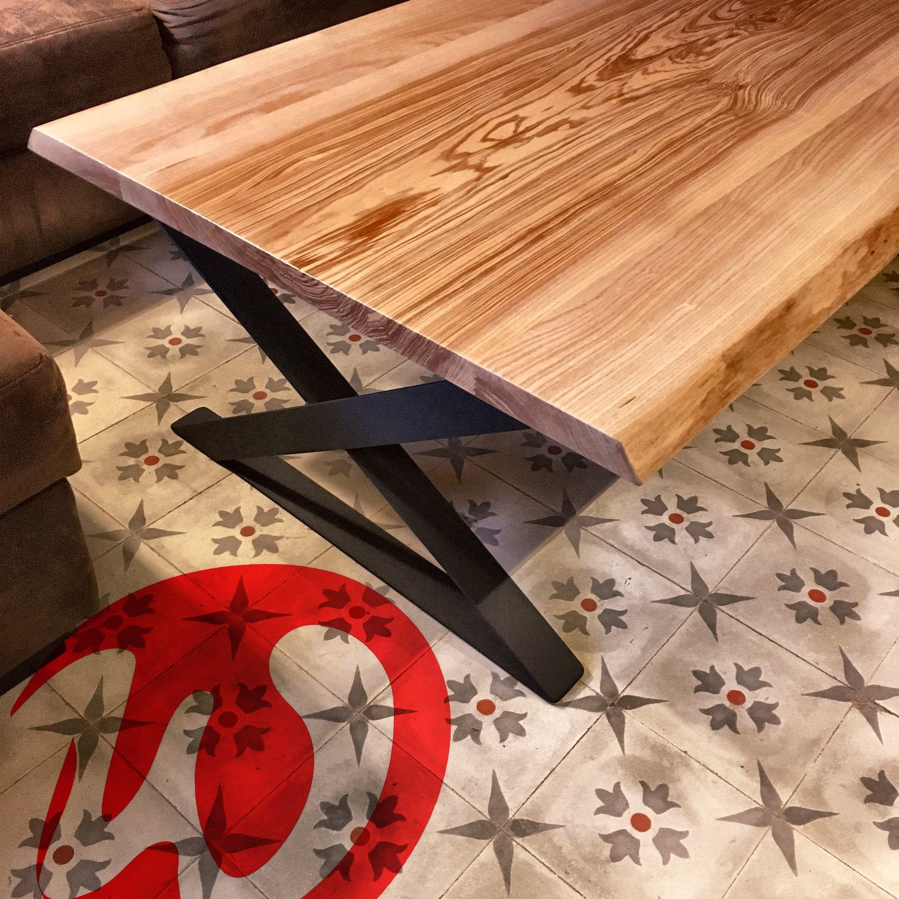 Table Basse En Bois Acier Frene Live Edge Pieds Metallique X Pieds Metallique Design Realisation Sur Mesure Meuble De Salon In 2020 Decor Table Home Decor
