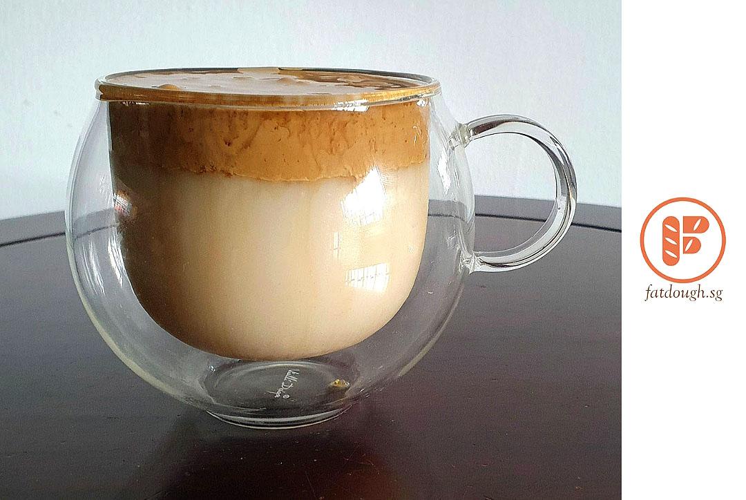 Dalgona Latte in 2020 (With images) Coffee cream, Latte