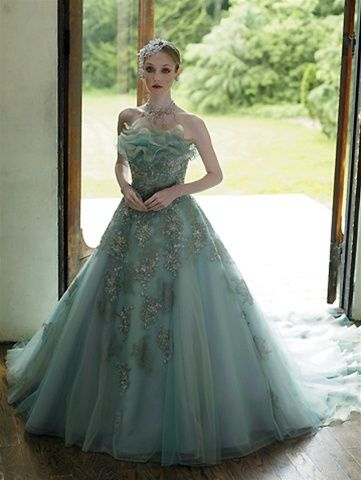 Green Color Wedding Dress - Ocodea.com