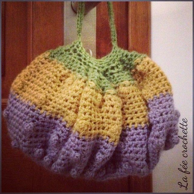 Mini sac boule #crochet #reticule #serialcrocheteuses #Padgram