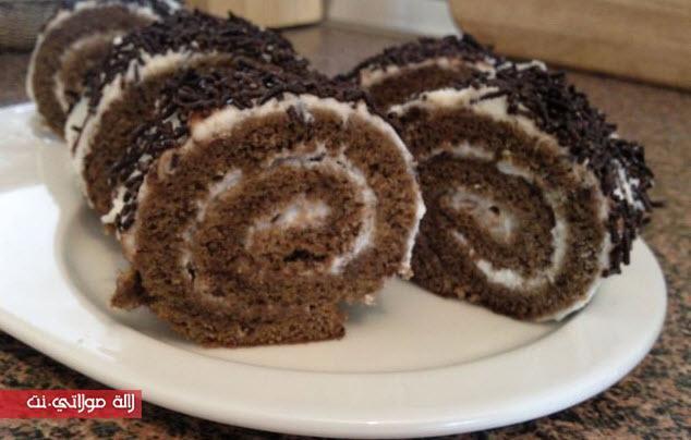 كيك رولي بالشكلاط سهل بالصور Food Desserts Breakfast