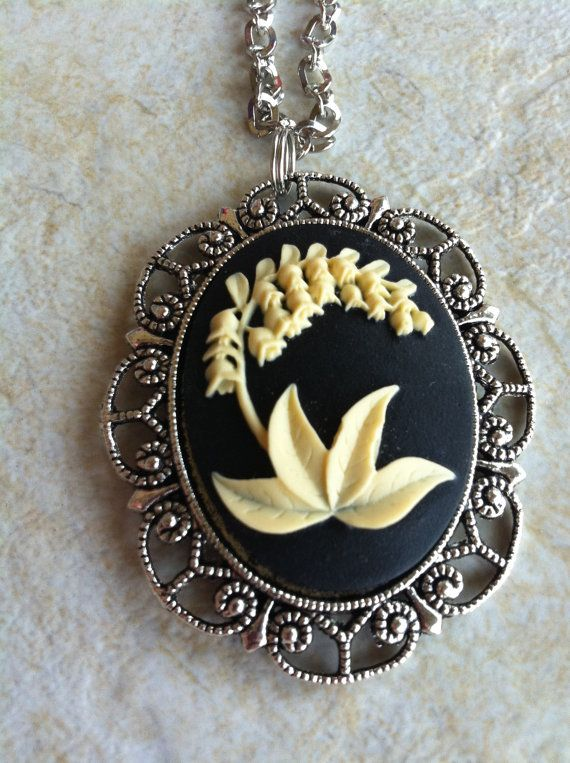 Black & Antique White Flower Lily of Valley Cameo Necklace Pendant Vintage Victorian Style Cameo Scarf Purse Charm