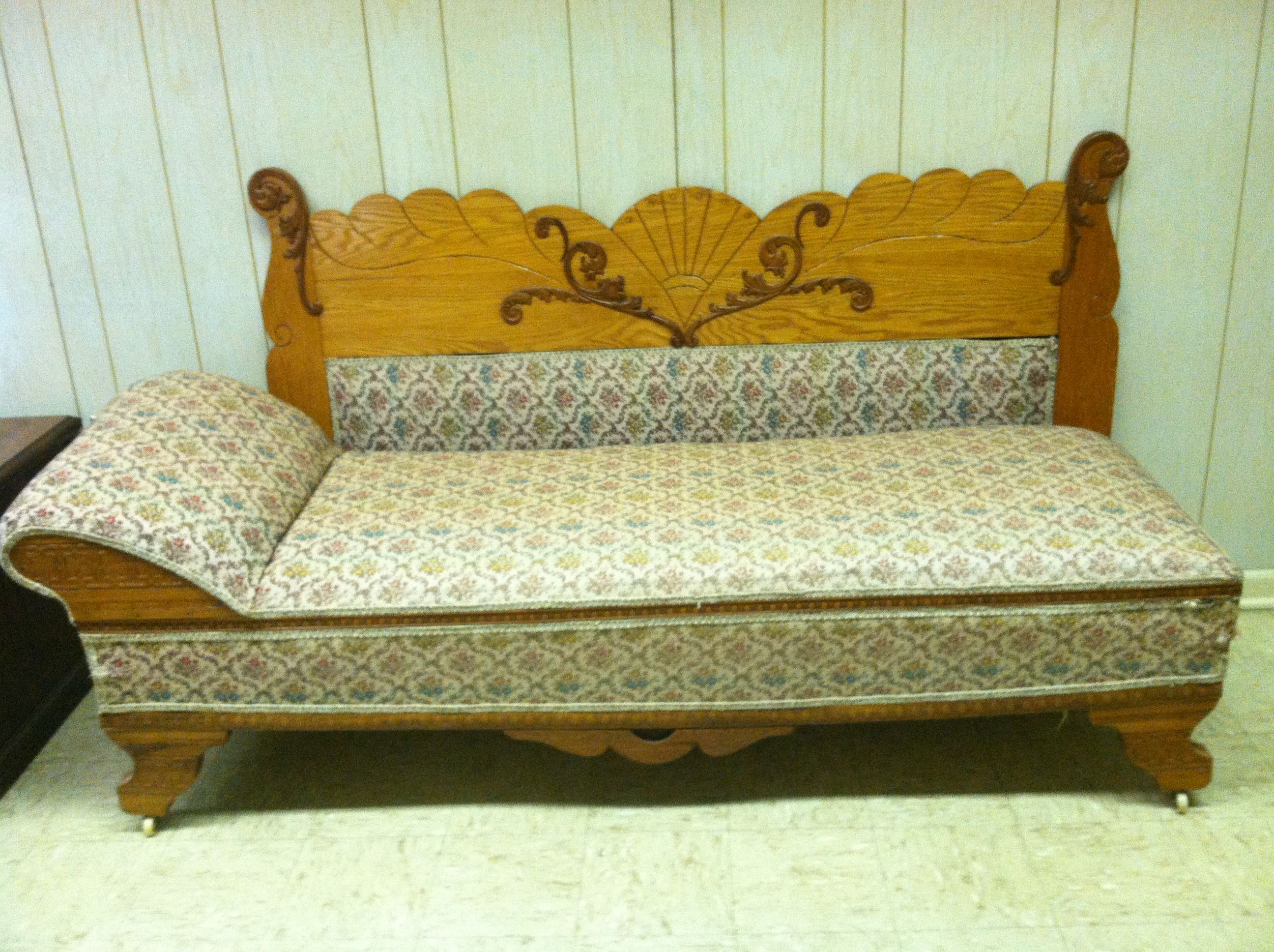 Antique Oak Fainting Couch With Fold Out Bed Furniture