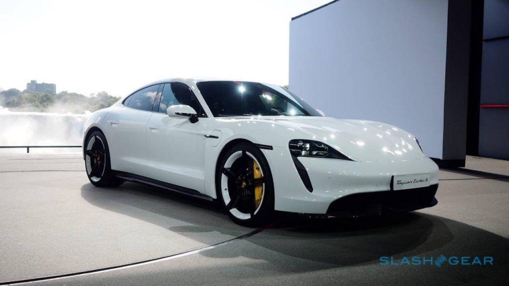 Porsche Taycan Electric Car Offers 450 Km Of Range Https Www Acedamon Com Porsche Taycan Electric Car Offers 450 Km Porsche Taycan Porsche Super Sport Cars