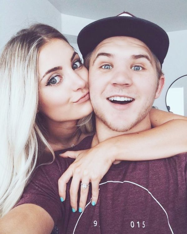 Cute Couple Selfie Ideas For Lovers Selfie Poses Cute Couple Selfies Instagram Couples
