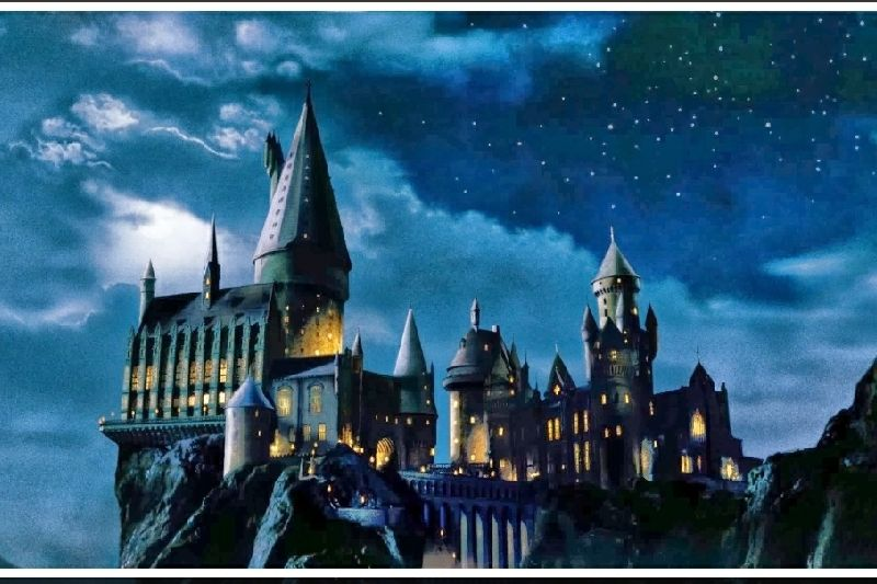 We Are Hoping To Build An Exact Replica Of Hogwarts Castle A Place Where You Can Desktop Wallpaper Harry Potter Harry Potter Wallpaper Harry Potter Background