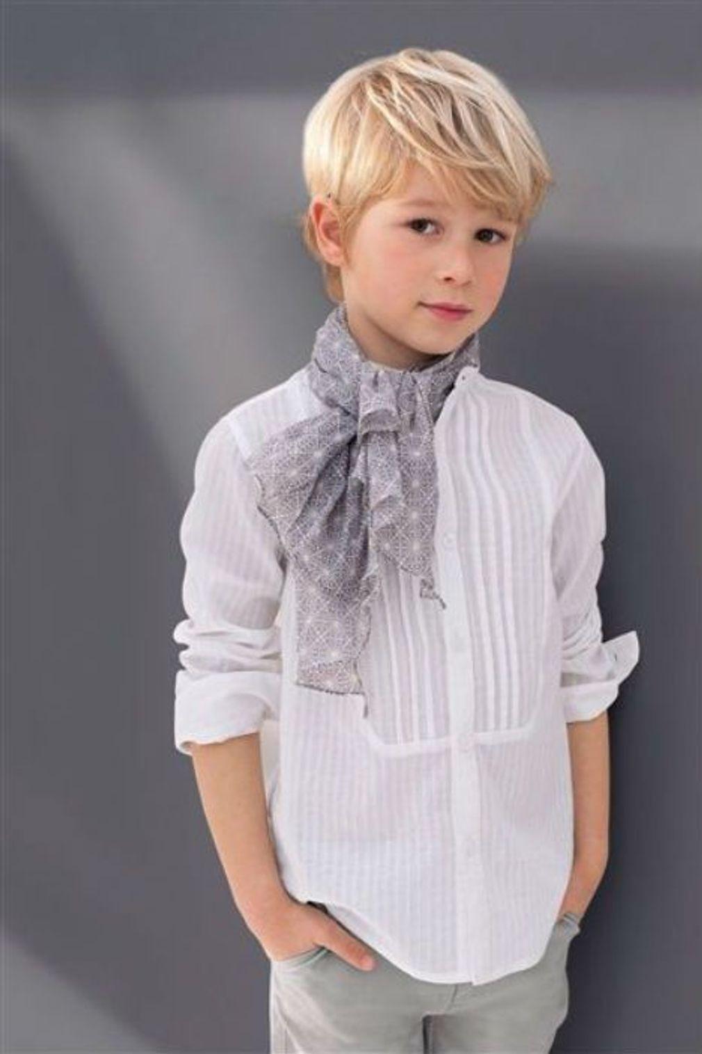 Coupe garçon : coupe garçon modèle avec dégradé   Coupe de cheveux garcon, Coupe cheveux petit ...