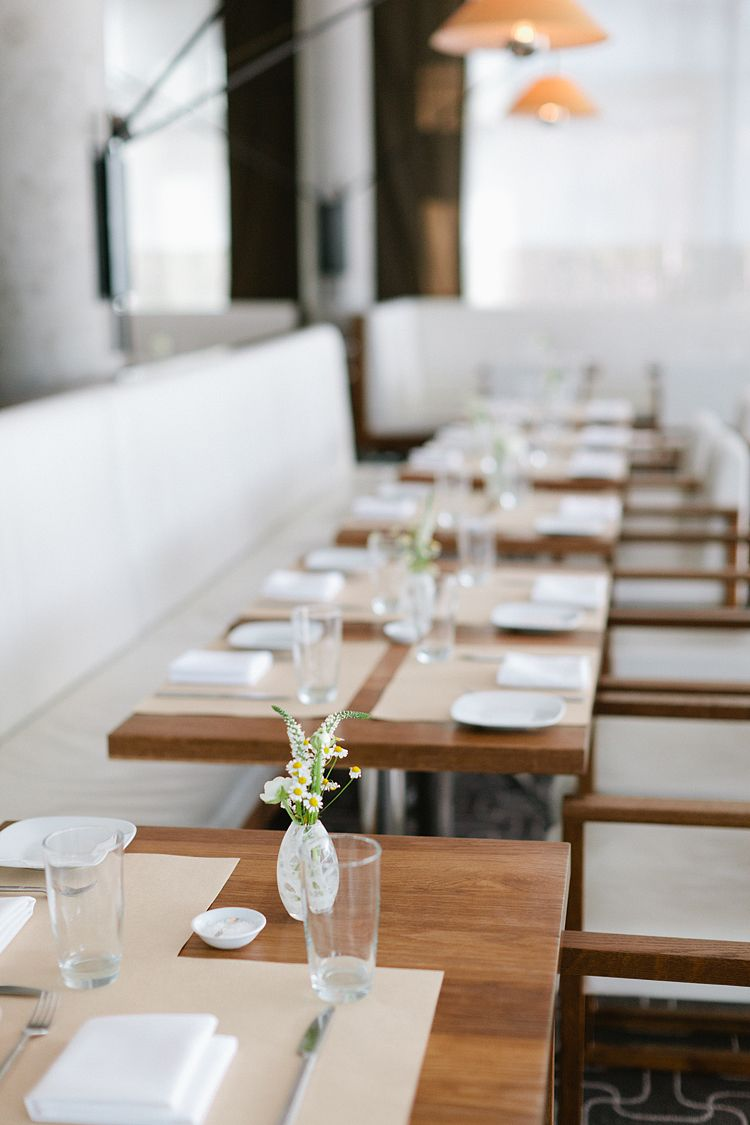 Perfect Photography Of A Lovely Restaurant Restaurant Table
