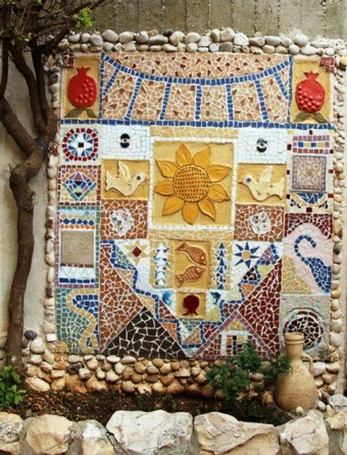 Wanddekoration Garten mosaik im garten 13 bezaubernde designs mit schwung mosaik