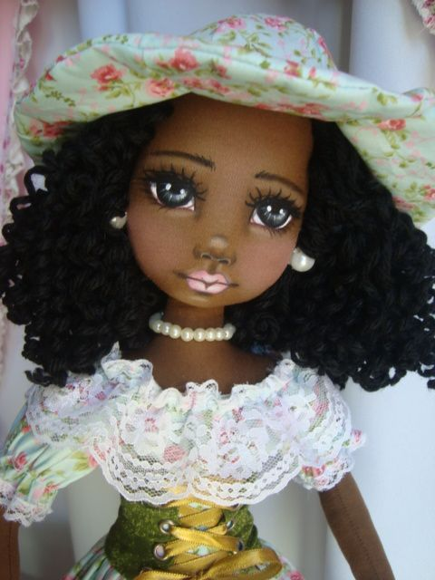 Bonecas negras de pano. Soraia Flores #dollfacepainting