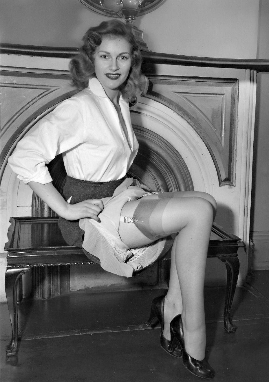Vintage Nylons  Girly - Vintage 01  Pinterest -7959