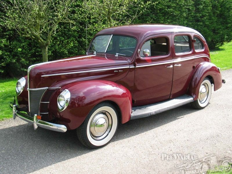Ford deluxe 4 door sedan 1940 ford car 39 s motor 39 s through for 1940 ford 4 door