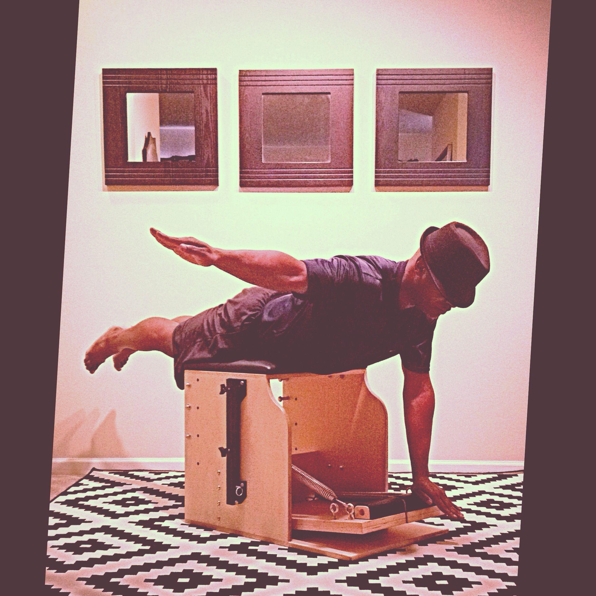 MidNight @PilatesDwell_Canton   Low Chair Exercise: Pumping One Arm #latenightworkout #armstrength #weakstrongweak #combo • #pilates #pilatesstudio #pilatesinstructor #pilatesformen #contrology #classicalpilates #calisthenics #gymnastics #fitness #yoga #personaltrainer #menshealth #fedora