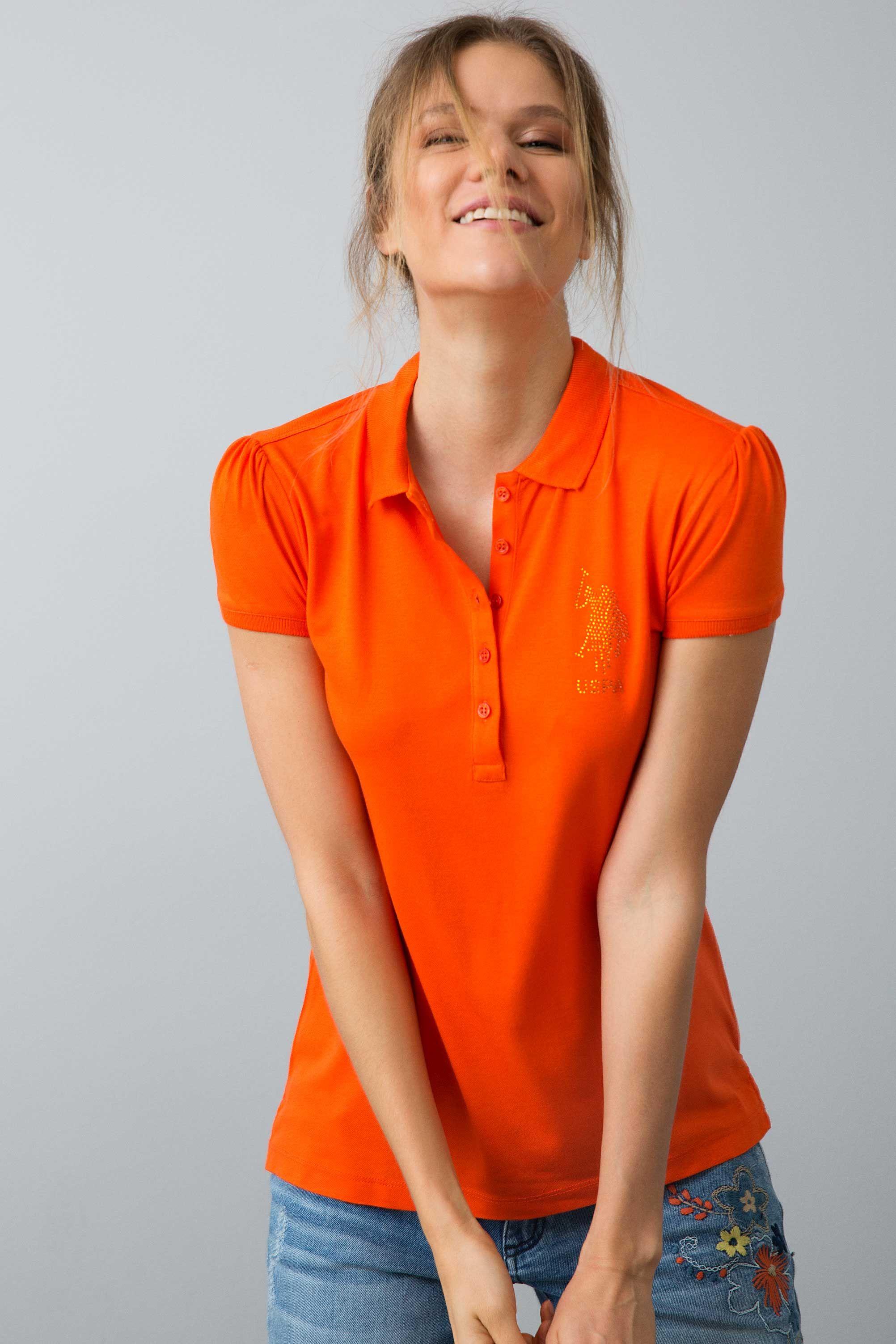Kirmizi Kisa Kol Polo Yaka Slim Basic T Shirt Kadin Tisort Modelleri Ve Bayan Tshirt Fiyalari U S Polo Assn Kadin Tisort Tisort Modelleri Moda