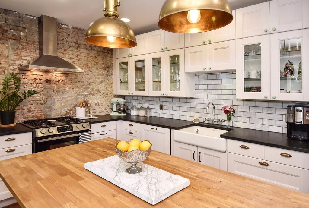 1 of 2 pics Kitchen decor, Old houses for sale, Home