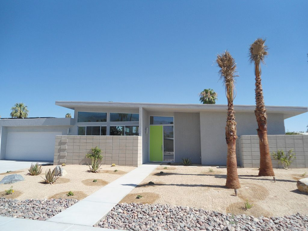 Palm springs mid century modern homes built new on sunny for Property in palm springs