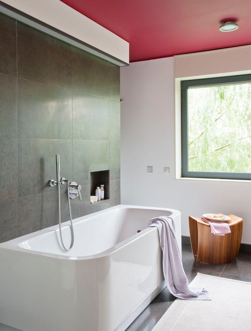 Ba o actual zalo sin gastar mucho ba os techo de for Renovar azulejo bano concreto cera